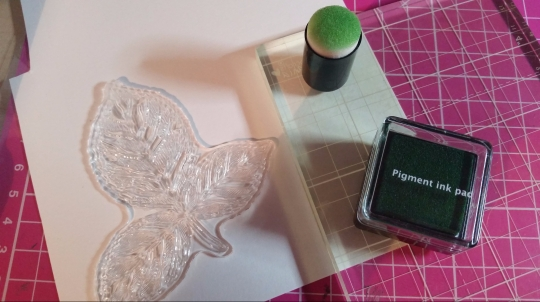 #handmadecard #papercrafting #stamping #crafterscompanion #craftkit3 #subscriptionbox3 #august2018 #saradavies